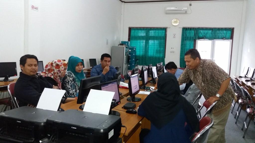 Pelatihan Peningkatan Kualitas ejurnal dan web Ekonomi